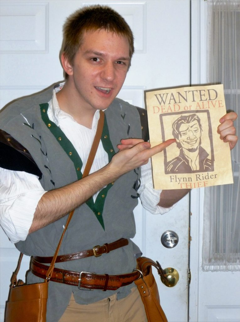Tangled Halloween costumes - Disney in your Day