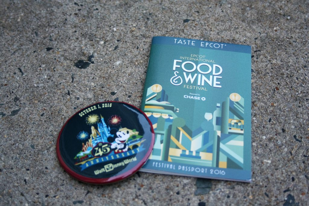 Gifts from Mickey - Disney in your Day