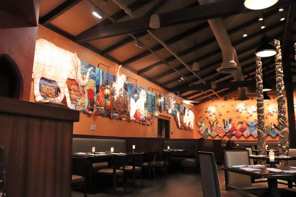 lunch at Tiffins - Disney in your Day