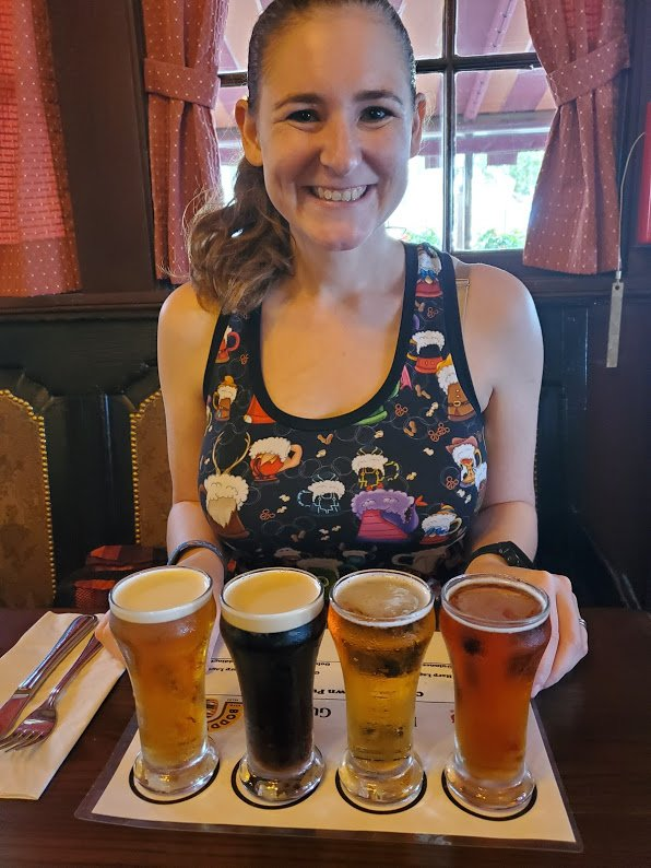 Lunch at the Rose and Crown - Disney in your Day