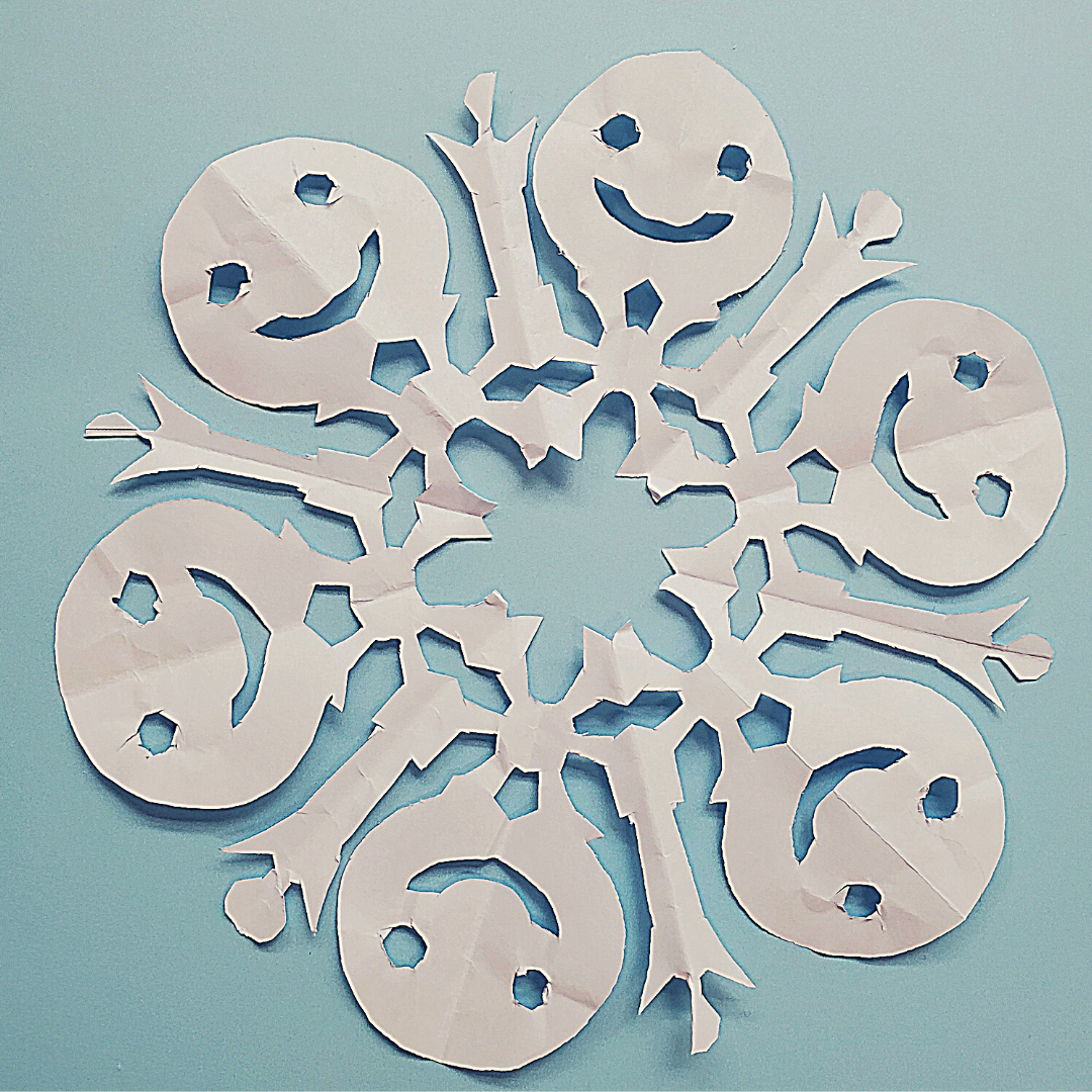 Frozen paper snowflakes - Disney in your Day