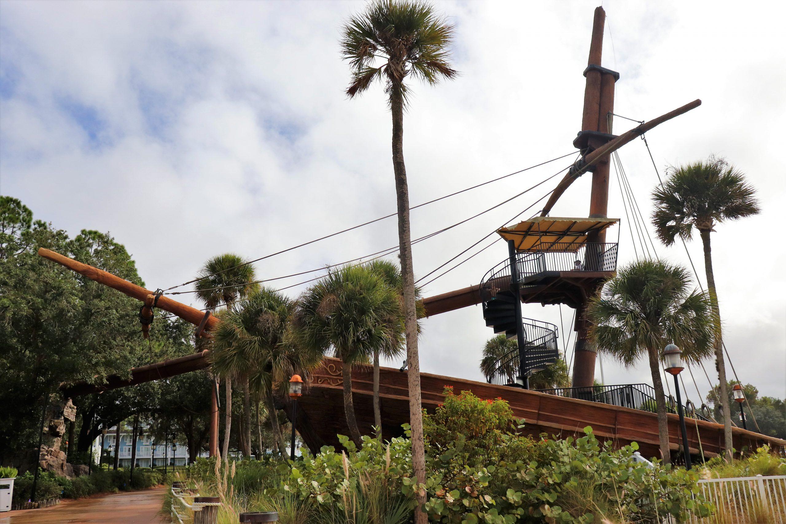 Disney's Yacht Club - Stormalong Bay