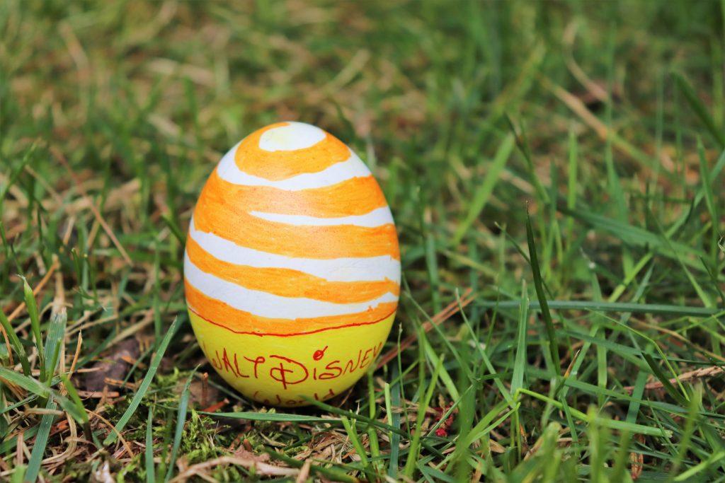 orange bird Easter egg DIY project - Disney in your Day