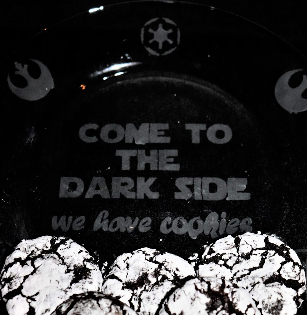 DIY Star Wars cookie plate - Disney in your Day