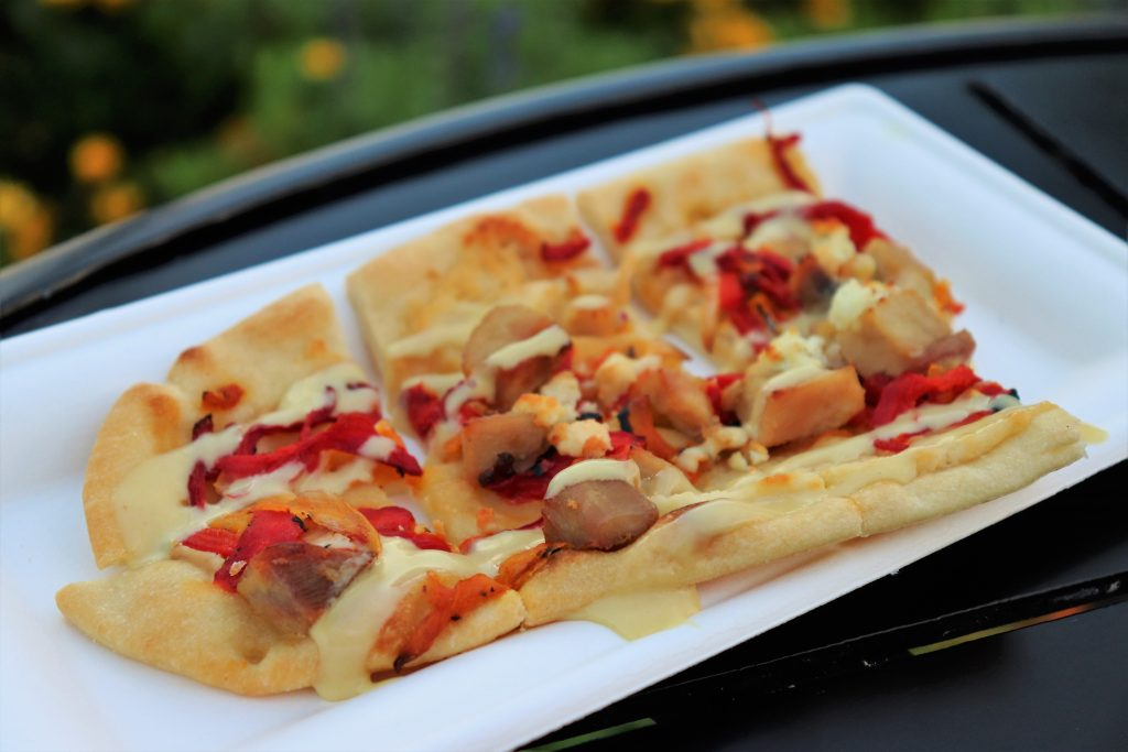 Best Flower and Garden Festival food and drinks - honey chicken flatbread