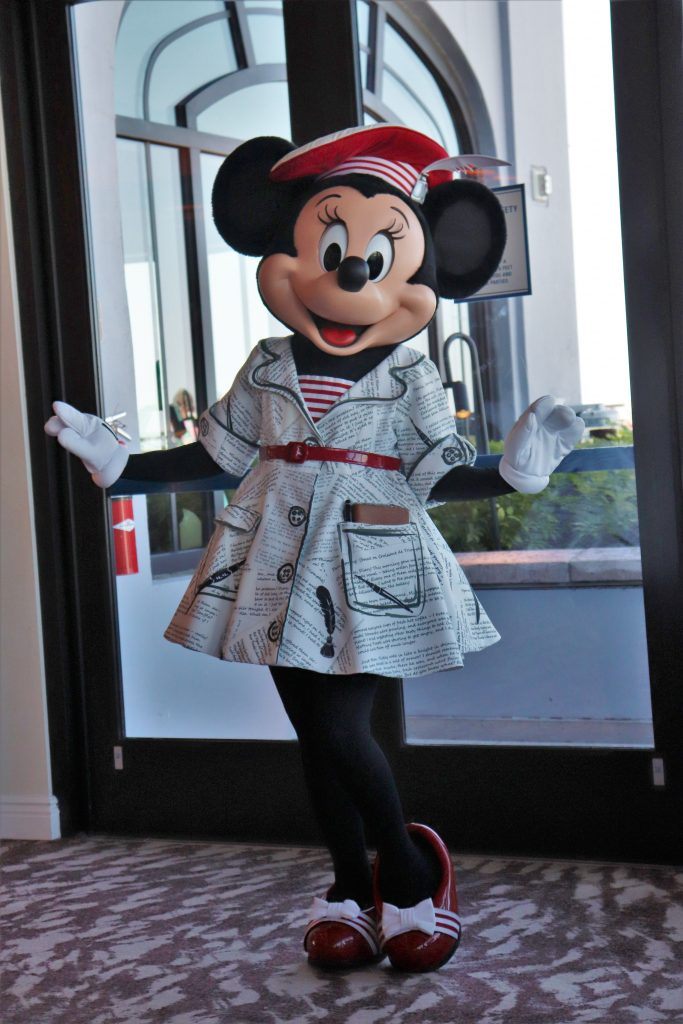 Topolino's Terrace character breakfast - Minnie Mouse
