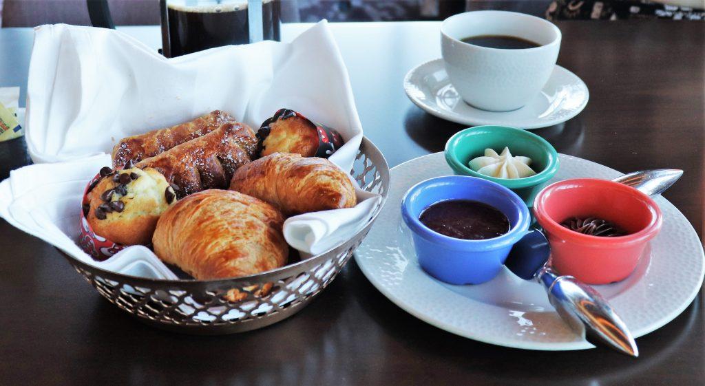 Topolino's Terrace character breakfast - pastry basket