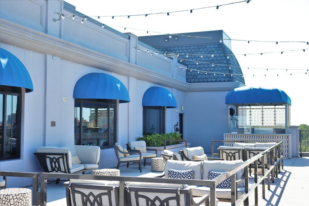Topolino's Terrace character breakfast - outside rooftop patio