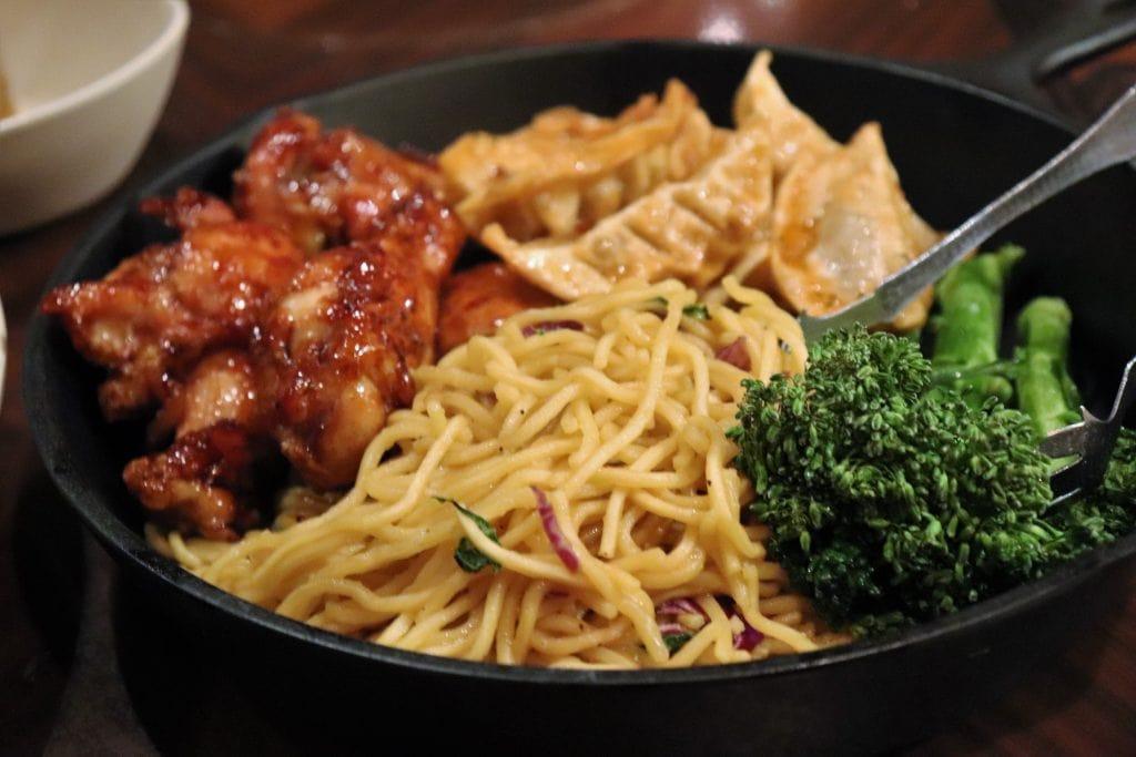 'Ohana dinner noodles wings dumplings - Disney in your Day